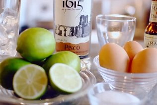 Mixologist Miguel Arbe of Ceviche London shows you how to make a great pisco sour.