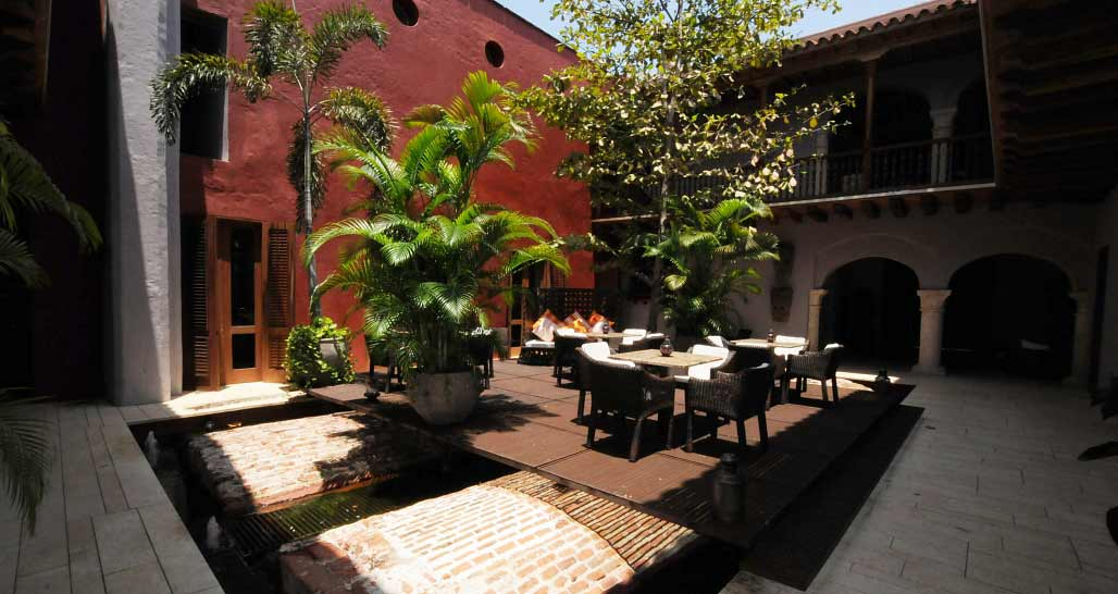 Ananda Hotel Boutique, Cartagena - main courtyard