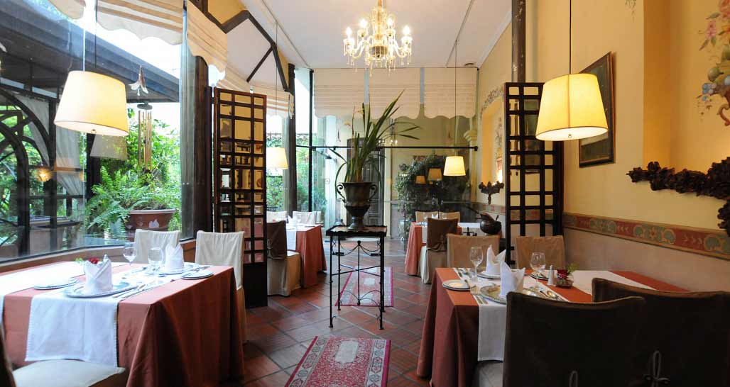 Mansion Alcazar, Casa Alonso Restaurant