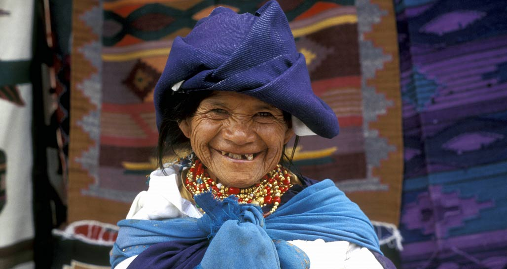 Friendly indigenous lady, Otavalo