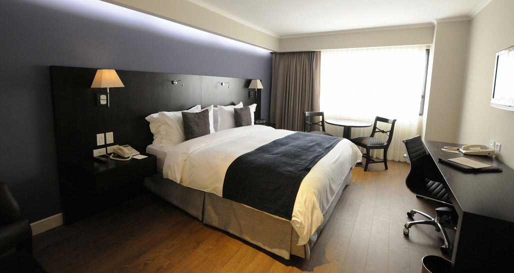 Oro Verde Hotel, standard king double room