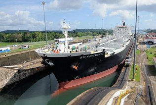 Oil tanker in the Gatun Locks