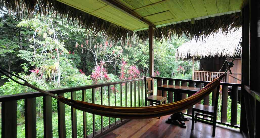 Sacha lodge - private verandah with hammock